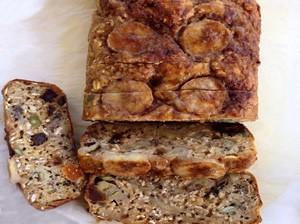fruit-nut-banana-bread